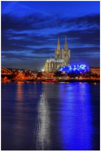 Der Kölner Dom als hochauflösendes Acrylglas Foto.